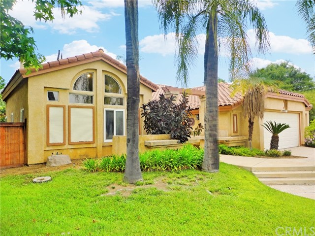 734 Michael Court, Redlands, CA 92374