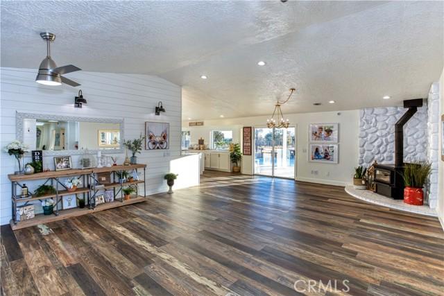 9175 Coleridge Rd, Oak Hills, CA 92344 Photo 6