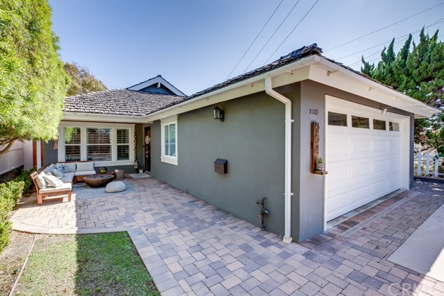 904 Knob Hill Avenue, Redondo Beach, California 90277, 4 Bedrooms Bedrooms, ,2 BathroomsBathrooms,For Sale,Knob Hill,SB20157214
