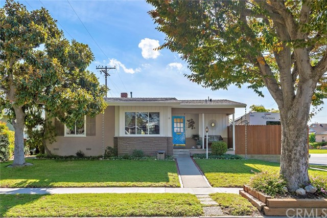 6702 E El Salvador Street, Long Beach, CA 90815