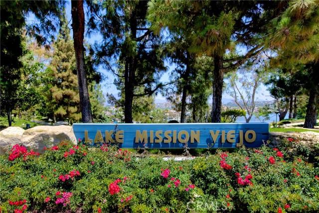 47. 18 Harveston Mission Viejo, CA 92692
