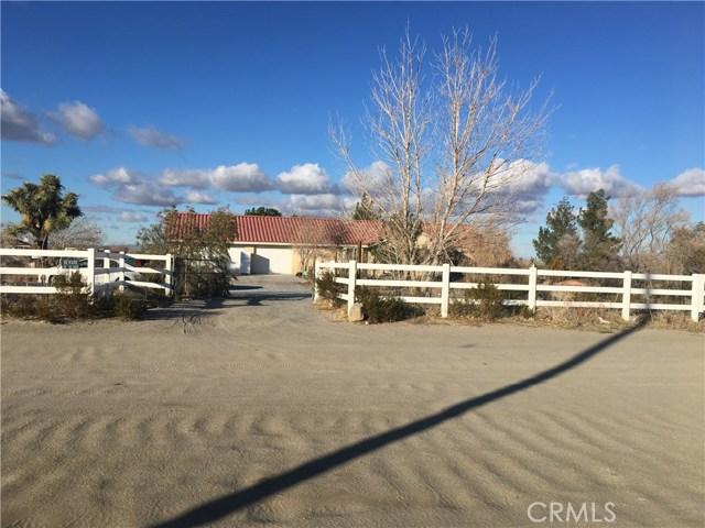 4880 La Mesa Road, Phelan, CA 92371