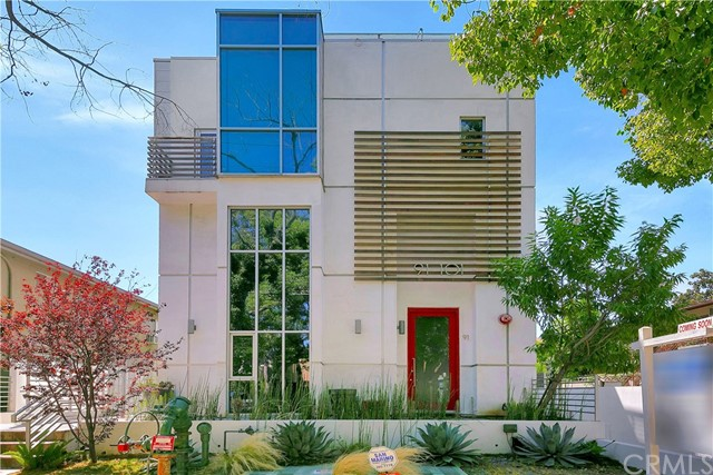95 N Wilson Avenue, Pasadena, CA 91106