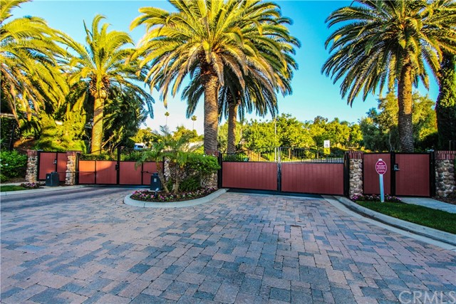 2476 Mandarin Drive, Corona, CA 92879