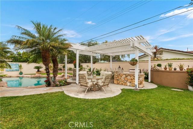 39. 2016 Calvert Avenue Costa Mesa, CA 92626