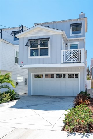 1607 Steinhart, Redondo Beach, California 90278, 3 Bedrooms Bedrooms, ,2 BathroomsBathrooms,For Sale,Steinhart,SB18216185