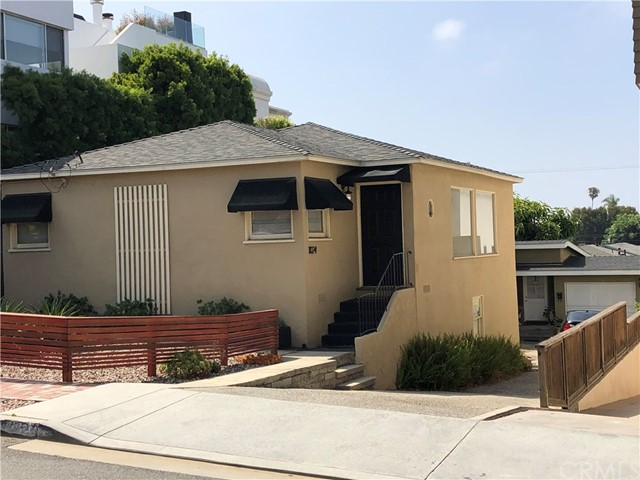 1022 17th Street, Hermosa Beach, California 90254, 4 Bedrooms Bedrooms, ,2 BathroomsBathrooms,For Sale,17th,SB20133833