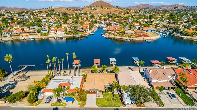 22926 Gray Fox Drive, Canyon Lake, CA 92587