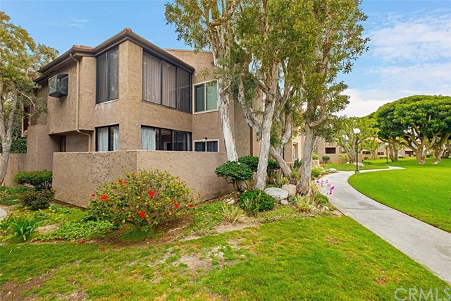 16993  Bluewater Lane, Huntington Beach, California