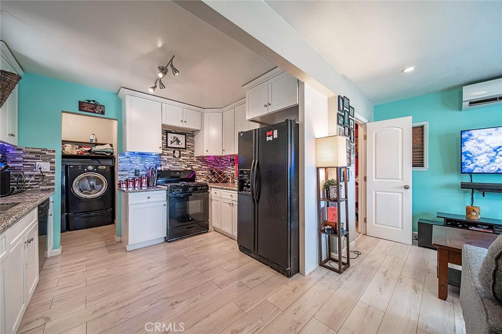 709   W Cubbon Street, Santa Ana CA 92701