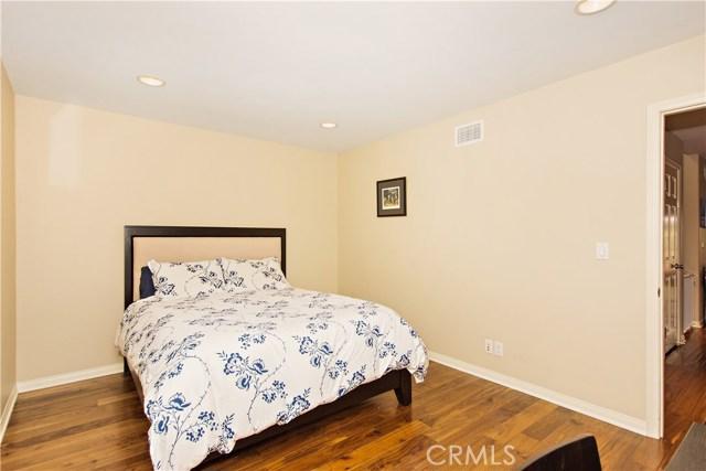 12 Dover Place- Manhattan Beach- California 90266, 3 Bedrooms Bedrooms, ,3 BathroomsBathrooms,For Sale,Dover,SB18076717