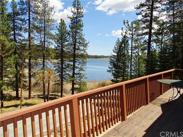 355 Big Bear Trail, Fawnskin, CA 92333