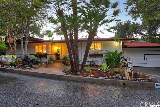 2989 Saint Gregory Road, Glendale, CA 91206