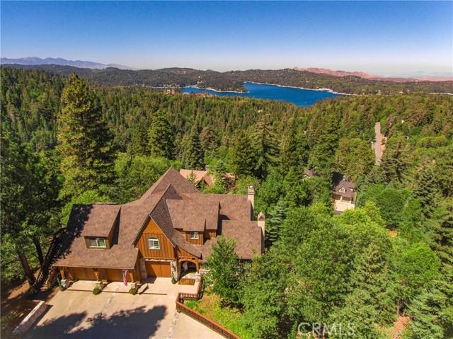 576 Cumberland Dr, Lake Arrowhead, CA 92352