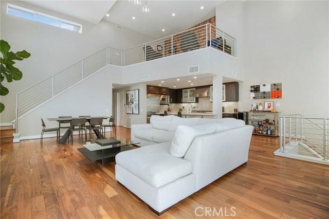 702 Rockefeller, Irvine, CA 92612
