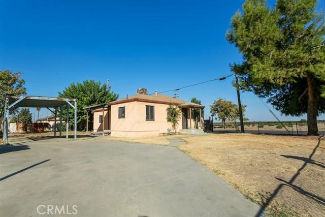9702 Habecker Road, Lamont, CA 93241