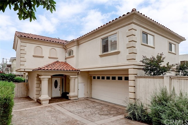 1903 Spreckels Lane B, Redondo Beach, California 90278, 4 Bedrooms Bedrooms, ,2 BathroomsBathrooms,For Sale,Spreckels,SB20188768