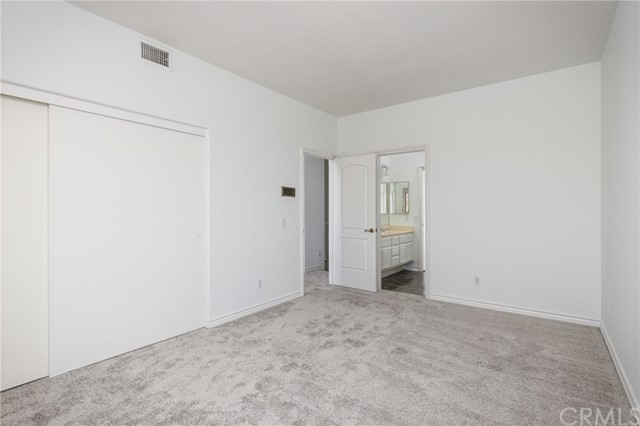 3rd bedroom shares a full bathroom with double sinks, making it a JACK and JILL room.