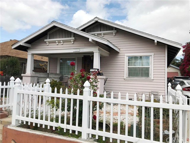 Perfect for investor or first time buyer. The main front home has 3 bedrooms/2 bath, bright kitchen.  Additional unit in the back is a rumpus room with 1 bedroom/1 bath.  Lovely front patio with little garden, big backyard with fruit trees & long driveway.  Located minutes to Long Beach University and downtown Long Beach.