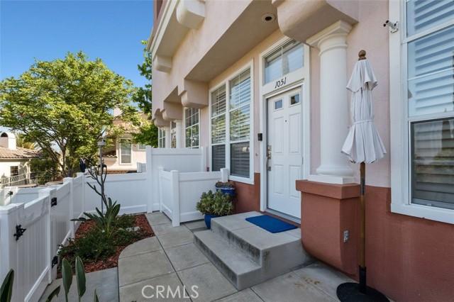 16. 1051 S Volterra Way Anaheim Hills, CA 92808