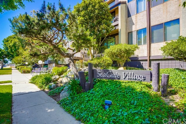 8711 Falmouth Avenue Playa del Rey, CA 90293