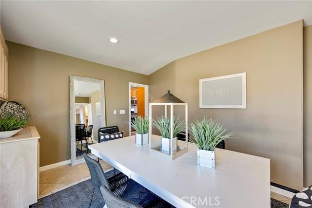 16. 1005 S Woods Avenue Fullerton, CA 92832
