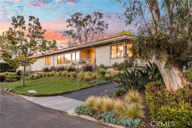 3601 Paseo Del Campo, Palos Verdes Estates, California 90274, 4 Bedrooms Bedrooms, ,3 BathroomsBathrooms,For Sale,Paseo Del Campo,PV21057772