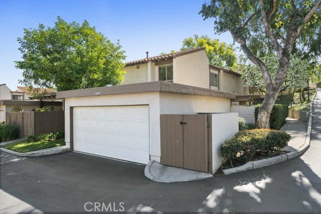 One of Townhome Anaheim Hills Homes for Sale at 5626 E Avenida De Vinedos