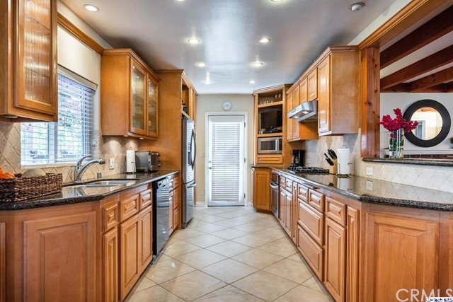 4431 Briggs Av, Montrose, CA 91020 Photo 10