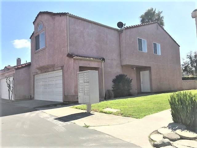 183 Racquet Club Drive, Compton, CA 90220