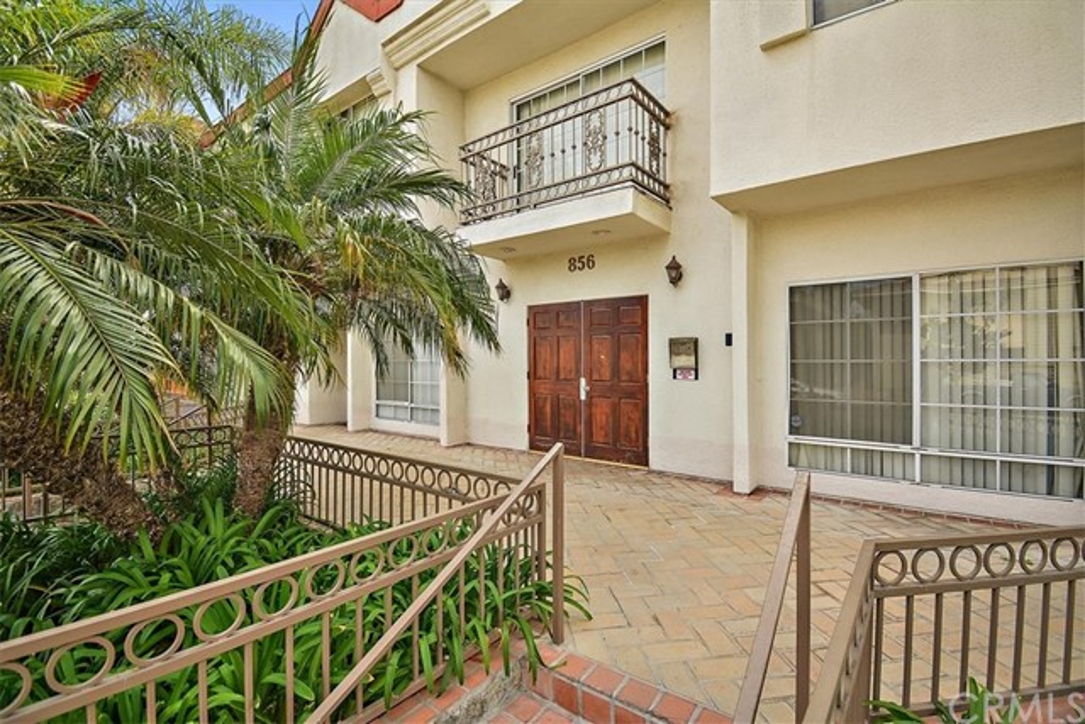 856 W Beach Avenue 15, Inglewood, CA 90302