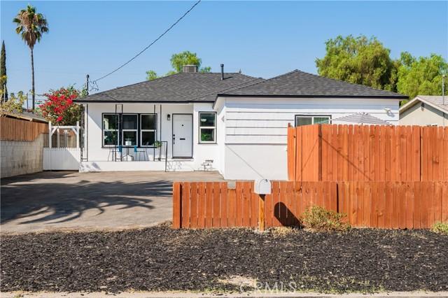10461 Cantara St, Sun Valley, CA 91352
