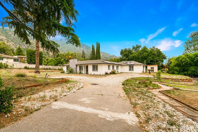520 N Michillinda Avenue, Sierra Madre, CA 91024