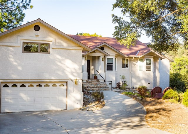 50089 Stillmeadow Lane, Oakhurst, CA 93644