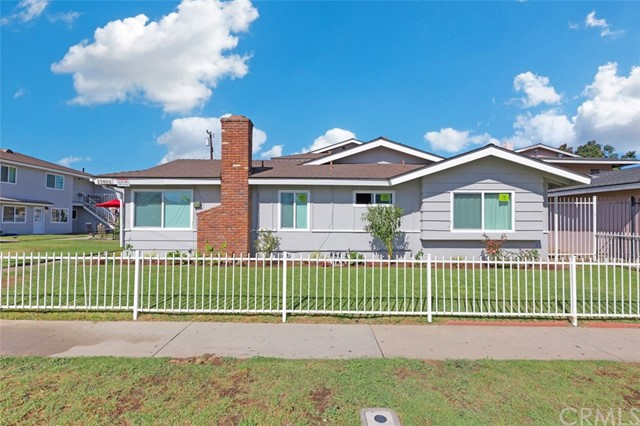 17071 Oak Lane, Huntington Beach, CA 92647