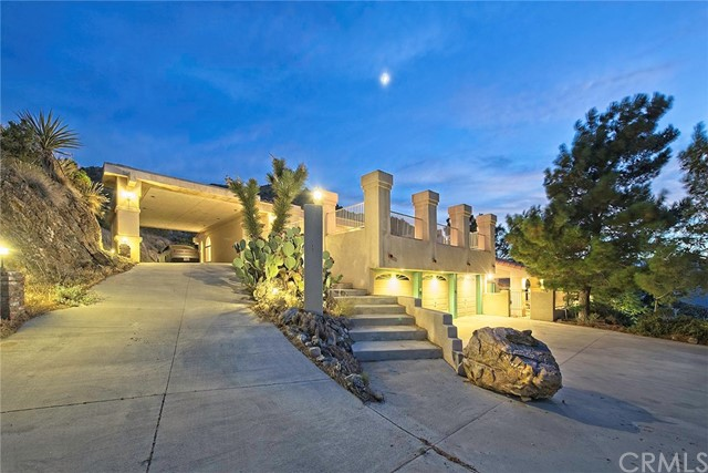 8585 Great House Lane, Yucca Valley, CA 92284