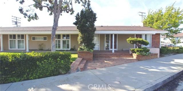 1055 El Camino Drive E, Costa Mesa, CA 92626