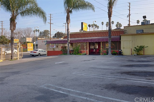 4303 S Main Street