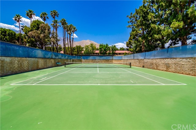27. 701 N Los Felices Circle W #213 Palm Springs, CA 92262