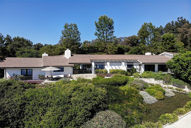 83 Crest Road, Rolling Hills, California 90274, 5 Bedrooms Bedrooms, ,2 BathroomsBathrooms,Single family residence,For Sale,Crest,SB19215209
