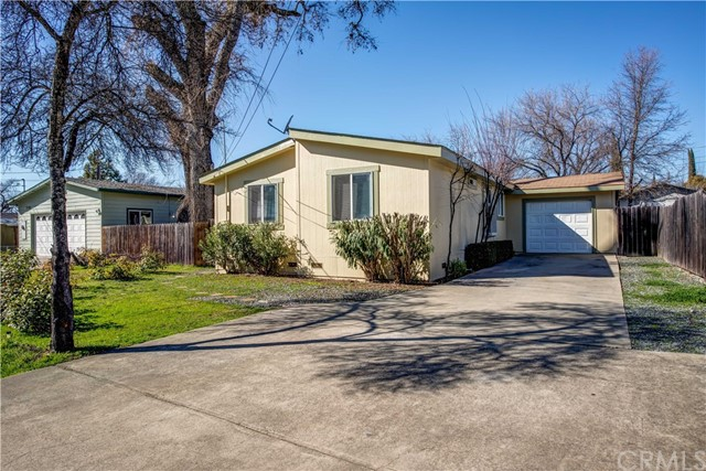 2803 Lakeview Drive, Nice, CA 95464