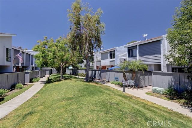 611 Lassen Lane Costa Mesa, CA 92626