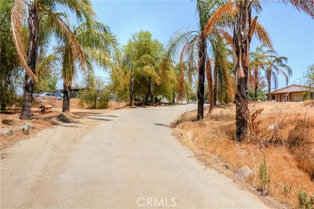 28. 28090 Leona Drive Lake Elsinore, CA 92532