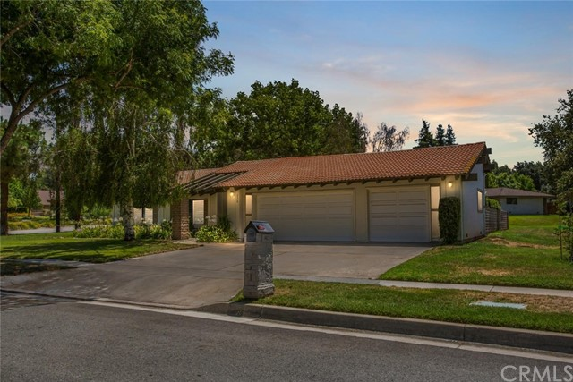 220 E South Avenue, Redlands, CA 92373