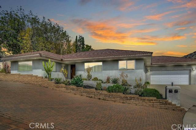 2123 Maginn Drive, Glendale, CA 91202