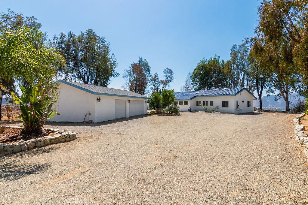 Photo of 22865 Vista Del Agua, Wildomar, CA 92595