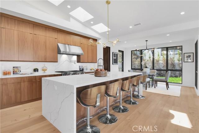 24. 905 Via Del Monte Palos Verdes Estates, CA 90274