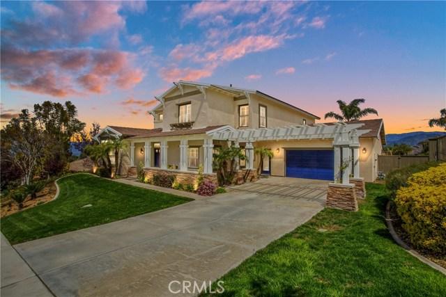 527 Golden West Drive, Redlands, CA 92373