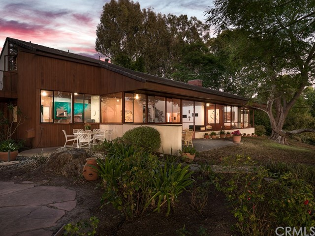 7 Cinchring Road, Rolling Hills, California 90274, 2 Bedrooms Bedrooms, ,3 BathroomsBathrooms,For Sale,Cinchring,PV19220460