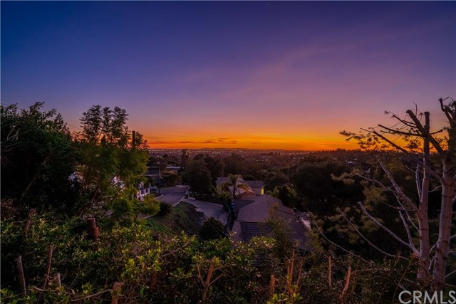 10521 Easter Hill Drive, North Tustin, CA 92705